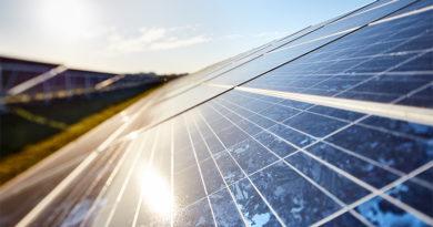 Für hep wird Solops jährlich 200 Megawatt an Solarprojekten entwickeln